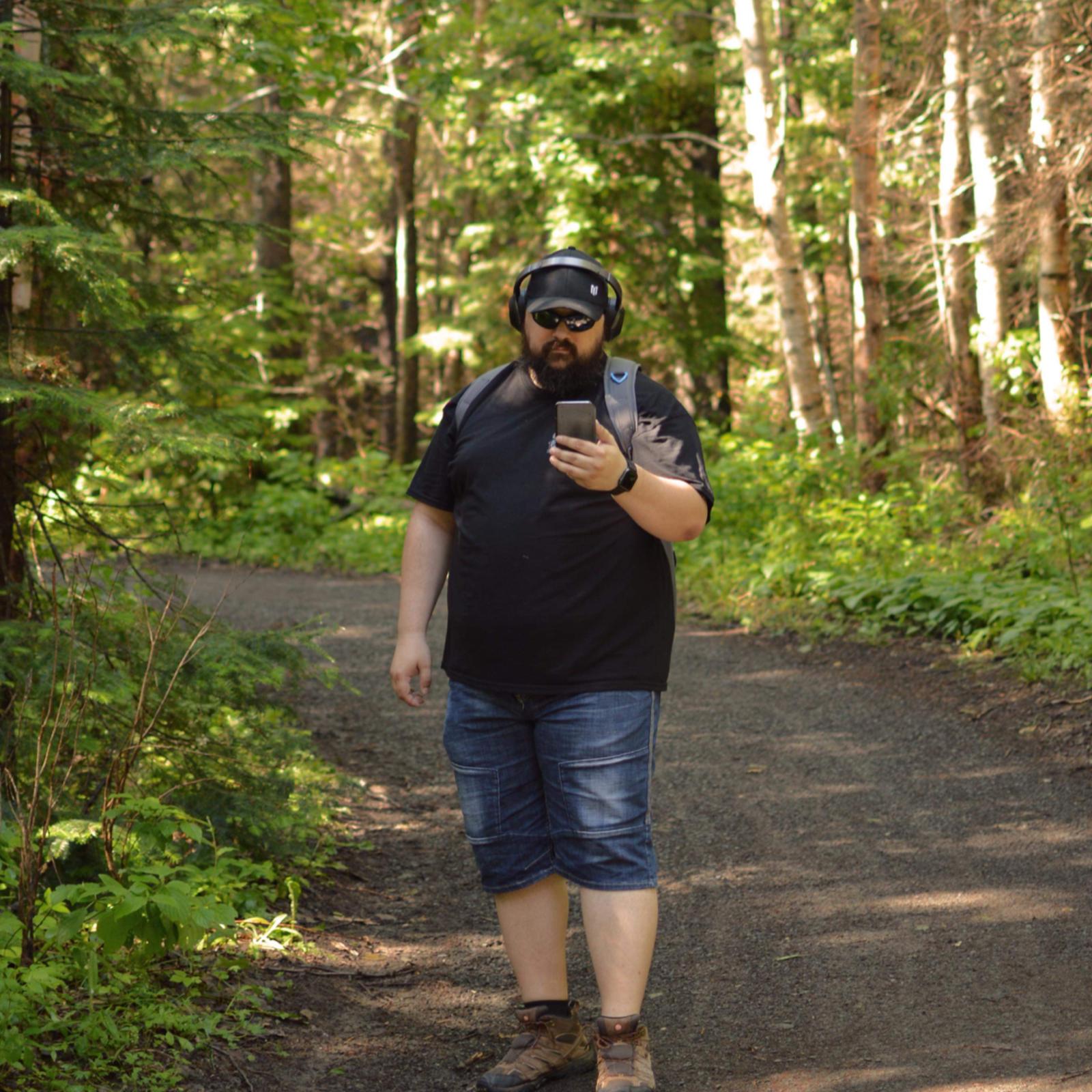 Travailler de n'importe où, ça peut vouloir dire faire son daily en direct du Parc national du Bic!